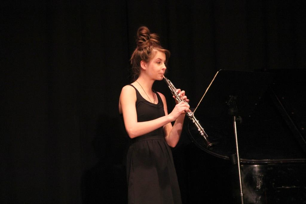 Junior Allegra Knight performs on the oboe at the Decade of Excellence event on Tuesday, February 18. Knight performed the same piece at the Midwest Double Reed Society Concerto Competition the previous weekend, where she won first place.